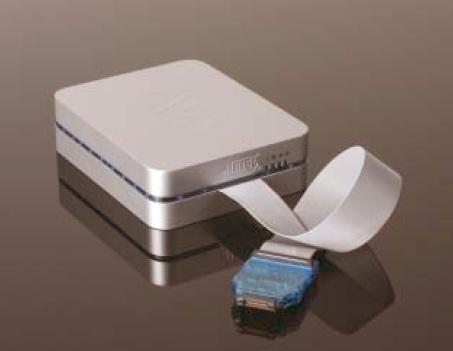AVR ONE! - адаптер, обеспечивающий доступ к встроенной...